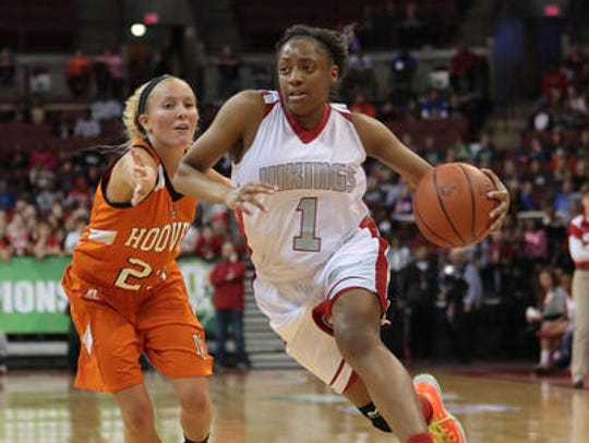 Mitchell was named a McDonald's and Parade All-American at Princeton and led the Vikings to a Division I state championship in 2014.