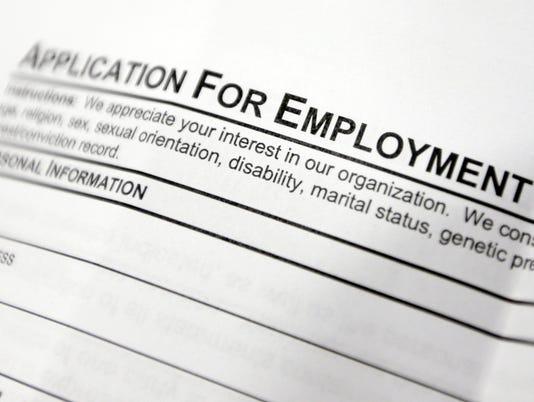 636251946716794862-employment-application.-AP-UNEMPLOYMENT-BENEFITS-54298105.JPG