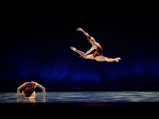 "Bobbie Lynn Kandravi takes flight in Ma Cong's ""In"