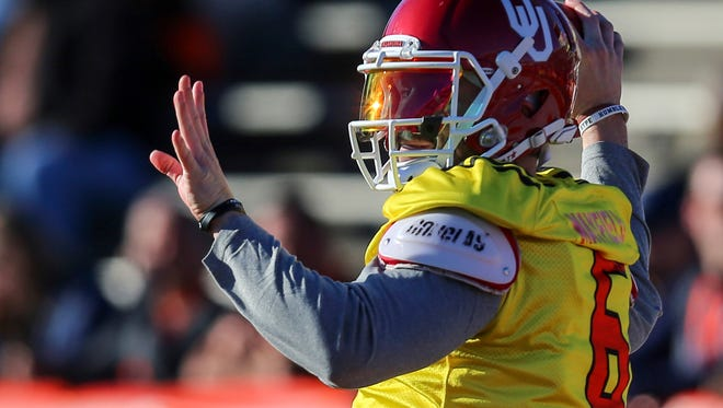 North squad quarterback Baker Mayfield of Oklahoma throws a pass during Senior Bowl practice Tuesday.