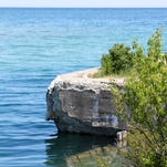 Great Lakes unusually warm for this time of year