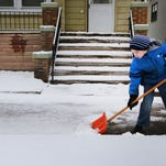 Brace yourselves, Detroit: Snow is coming tonight and later this week