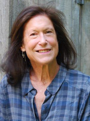 Author Marian E. Lindberg.