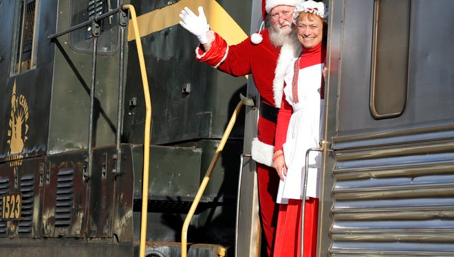 Cape May Seashore Lines offers train rides with Santa from its Richland and Tuckahoe stations.
