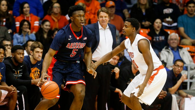 Dec. 19, 2014: Arizona Wildcats forward Stanley Johnson (5) dribbles the ball against the UTEP Miners at Don Haskins Center.