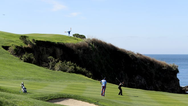 The sixth hole at Pebble Beach has a big obstacle to overcome to get on the green. Knowing which club to choose is key.