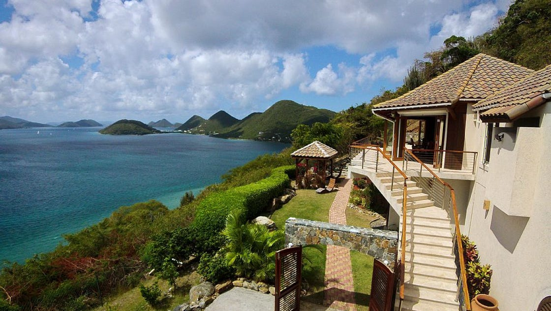 Hot Property Indy Realtor Lists Island Paradise For 1 5m