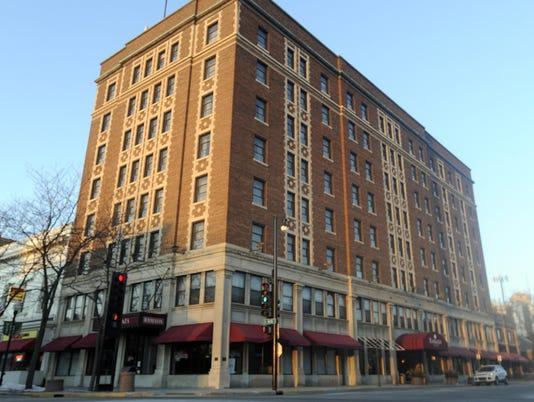 Retlaw Plaza Hotel