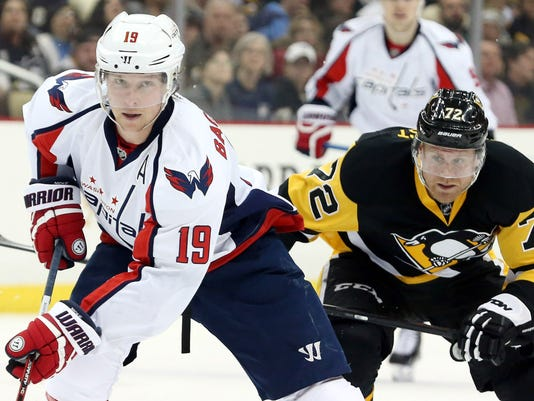 The Washington Capitals and Pittsburgh Penguins in one of the most  intriguing Stanley Cup Playoffs matchups. (Photo  Charles LeClaire 379876ff3c3