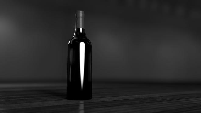 Illustration: A bottle of wine.