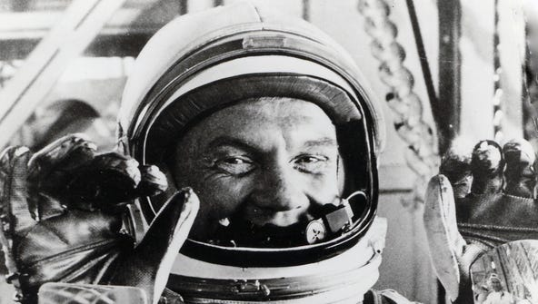 Astronaut John Glenn, a Cambridge native, gives the