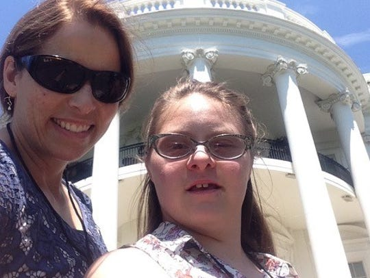 Devon and her mom, Sue Adelman, before the White House