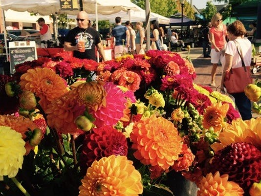 FRM fresh at the market 5-17.jpg