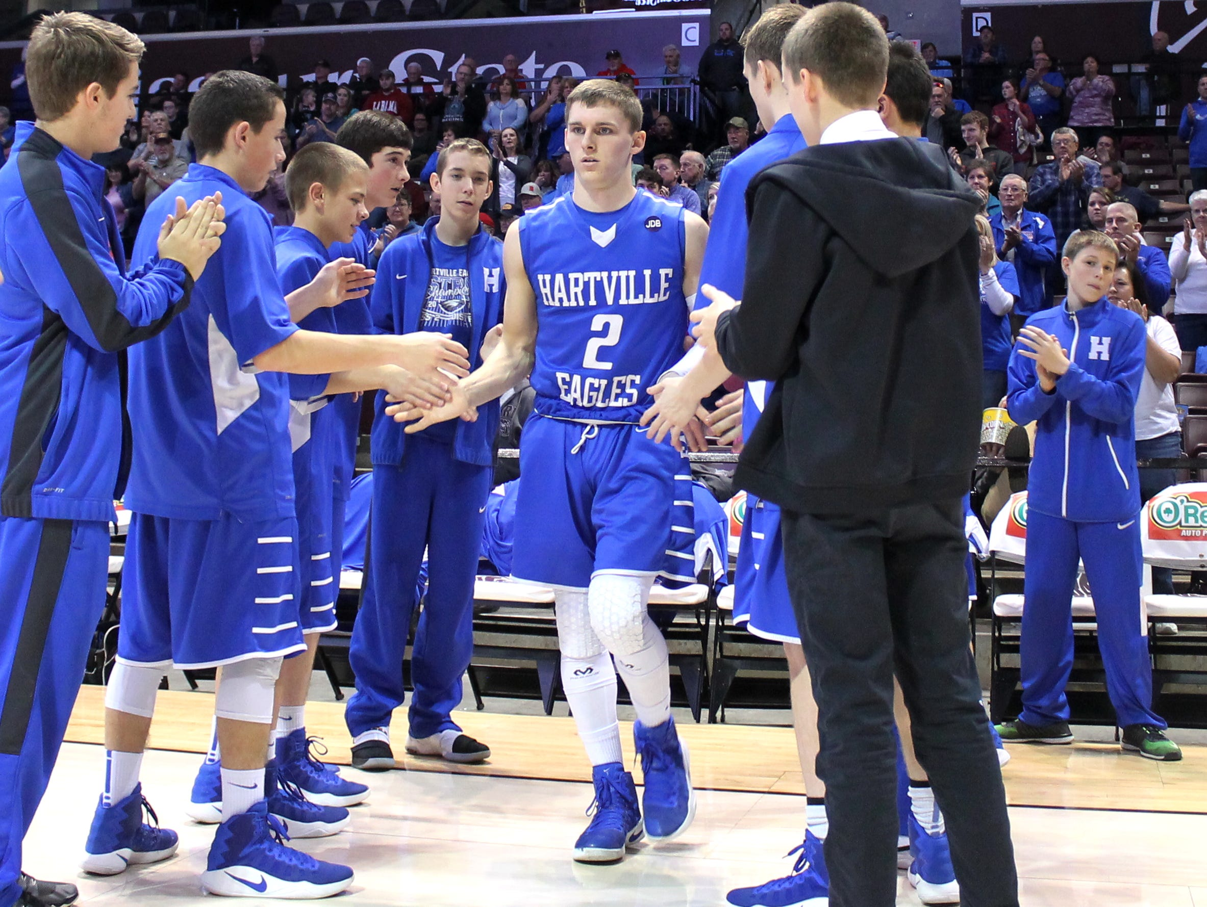 Dune Piper (2) scored 25 points in Hartville's 52-46 win over Springfield Catholic in the 71st Greenwood Blue and Gold Tournament at JQH Arena on Dec. 27, 2016.