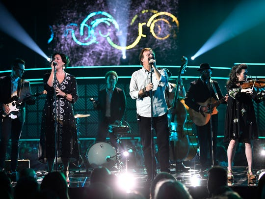 casting crowns performs loving my jesus at - Casting Crowns Christmas Songs