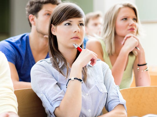 Tips for college students interested in investing