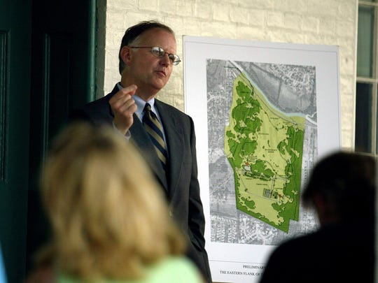 Franklin's Charge co-chair Julian Bibb outlines how the group successfully raised $2.5 million to help purchase the Country Club of Franklin and turn it into part of a battlefield park. (File photo by Steven S. Harman / Staff)