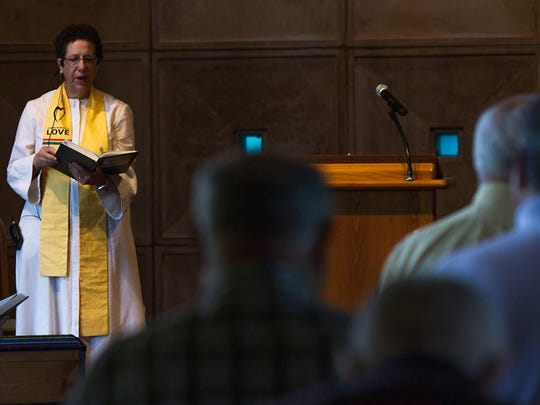 The Rev. Roberta Finkelstein sings a hymn during services before the Black Lives Matter banner ceremony at the First Unitarian Church along Concord Pike in Talleyville on Sunday, May 29, 2016.