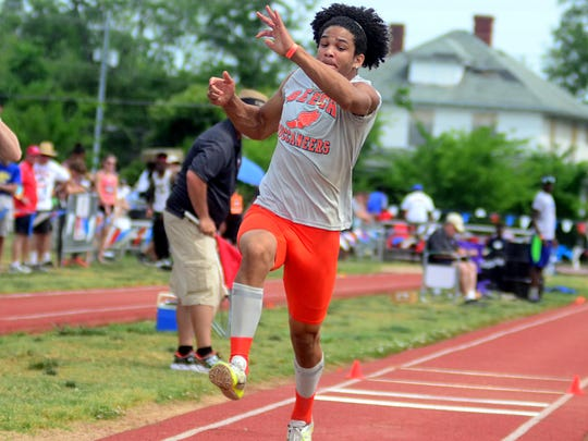 Beech High junior Chaz Williamson placed seventh in