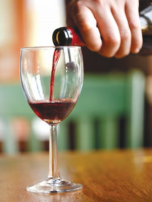 Should wine labels contain an ingredients list?