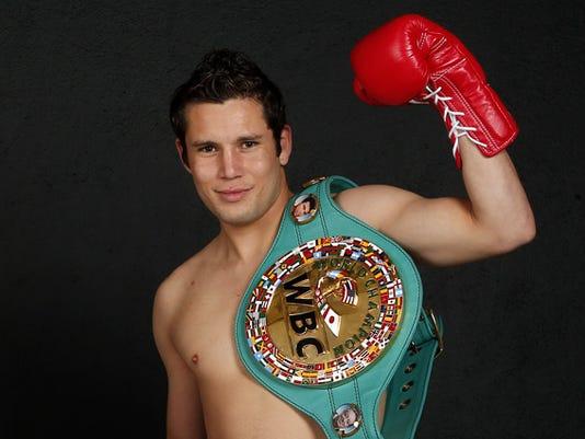 636691730962773245-Dara-Carlos-Cuadras-pelea-a-ad-318218.JPG