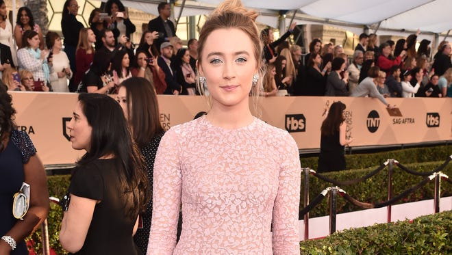 Saoirse Ronan is coming straight outta the backstage area at SAGs. But she might be a couple seconds late.