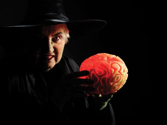 635814757662920220-Witch-and-Brain