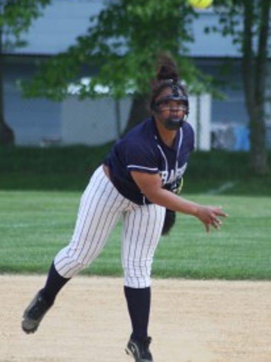 Mater Dei shortstop Tyrah Graves