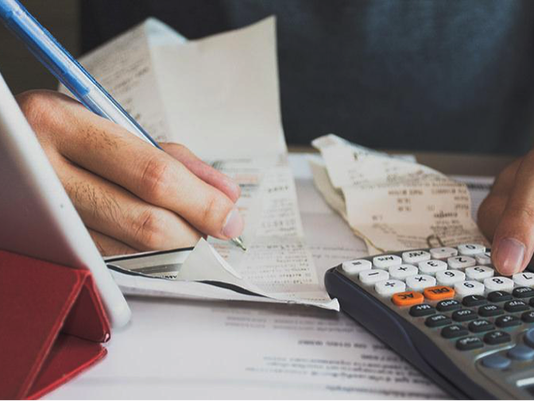 How to Overcome the Financial Instability of Freelancing