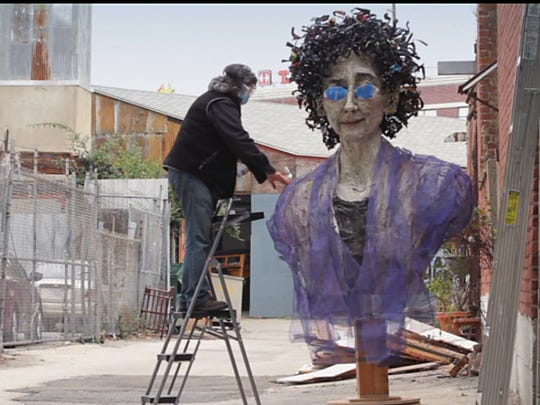 """""""Heaven Is a Traffic Jam on the 405,"""" about artist Mindy Alper, is one of this year's five nominees for the Oscar for best documentary short subject."""