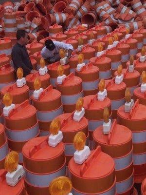 Construction barrels
