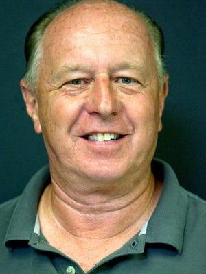 Register-Mail Photo Editor Mike Trueblood. STEVE DAVIS/The Register-Mail