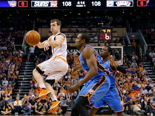 -Thunder_Suns_Basketball_AZMY121.jpg_20140406.jpg