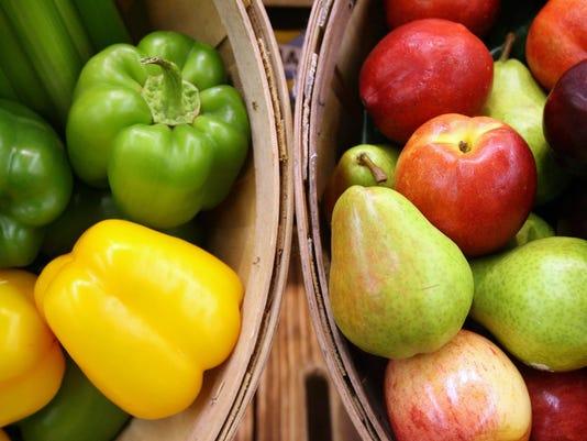 -fresh fruit and veggies 4.jpg_20080313.jpg