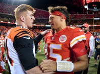 Chiefs' Mahomes just as dangerous outside pocket as inside