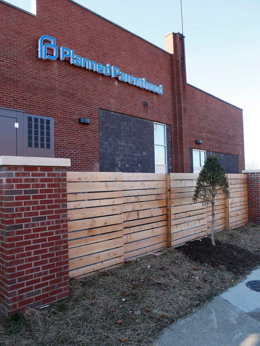 planned-parenthood-louisville-020116