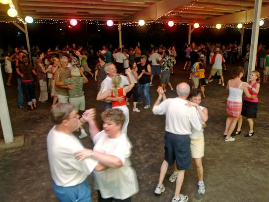 AUG. 5 WEEKLY BIG BAND DANCES: 7:30-10 p.m. every Saturday