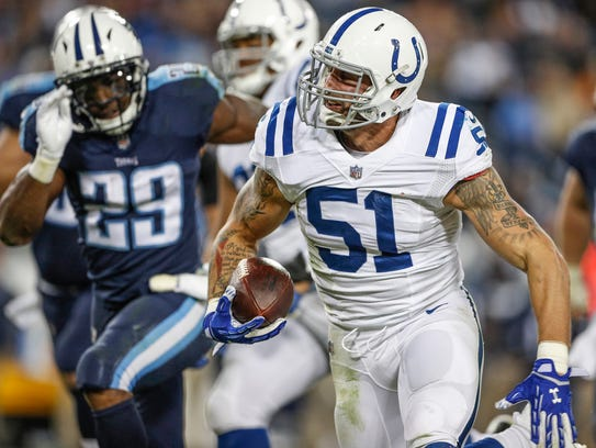 Indianapolis Colts outside linebacker John Simon (51)