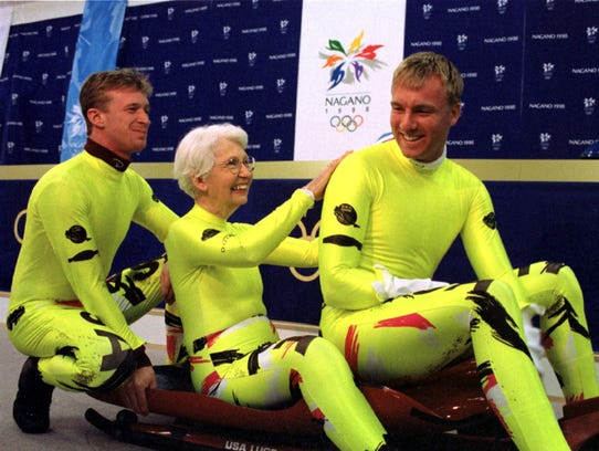 Dorothy Mengering meets the U.S. luge crew at the 1998