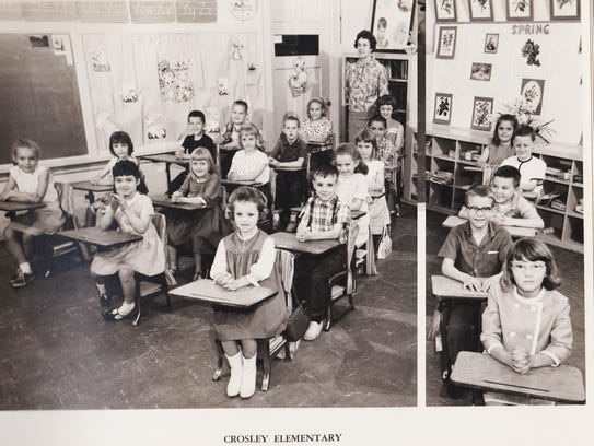 A Crosley Elementary first-grade class is shown in