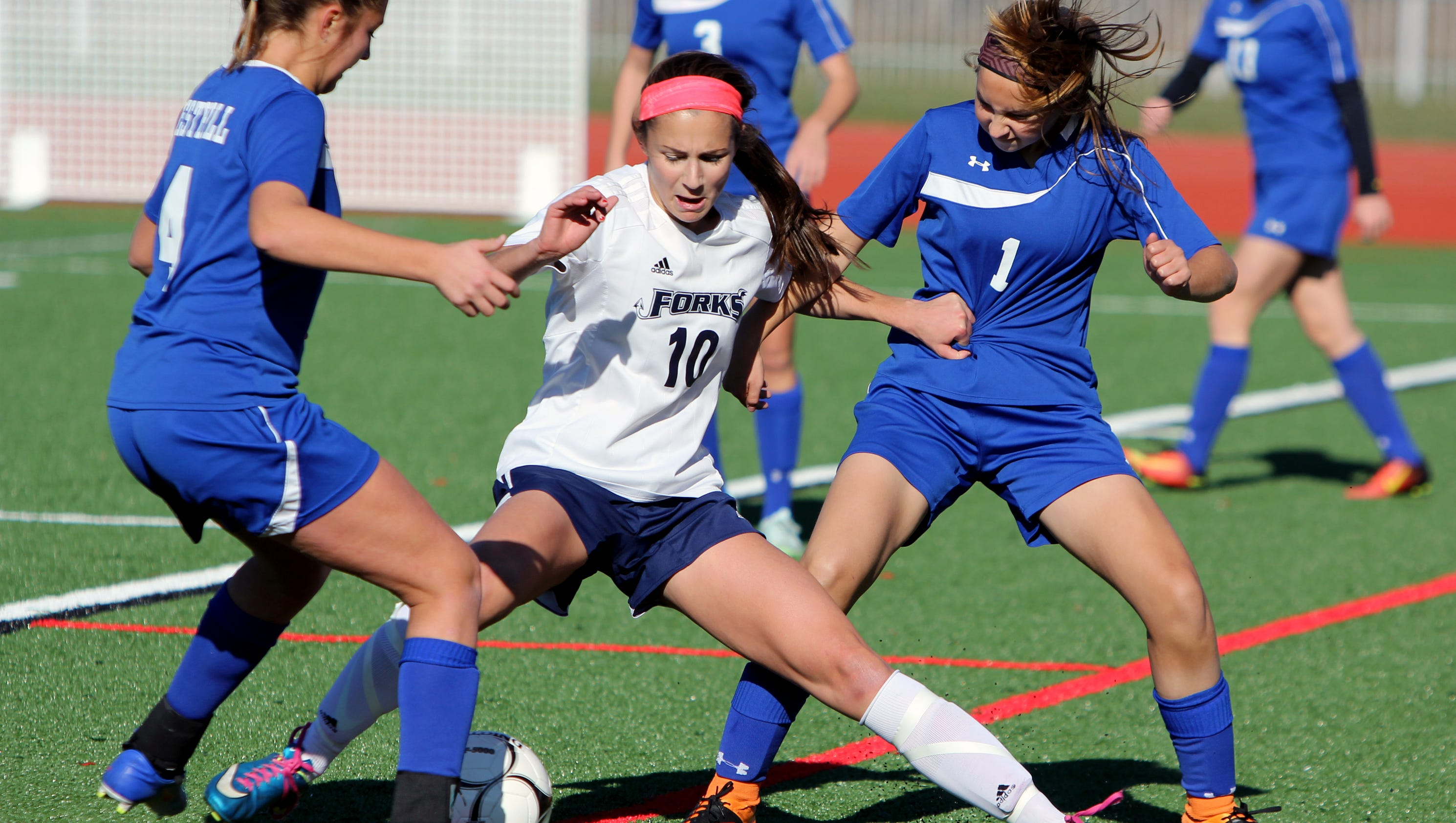 forks girls The alexandria girls soccer team had to balance the excitement of a new season  with the disappointment of a late, 3-2 loss to east grand forks.