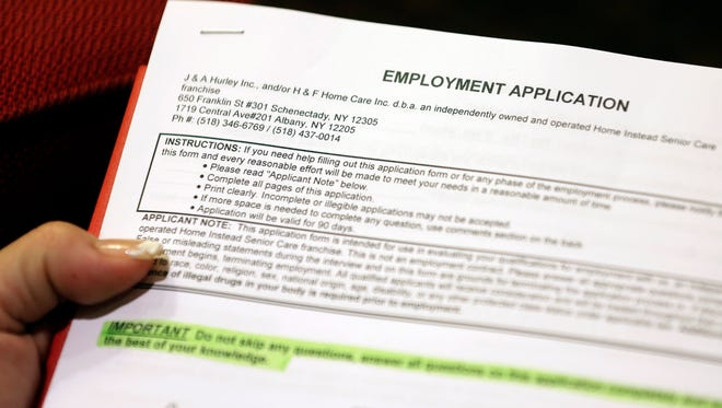 Weekly applications for unemployment aid climbed 21,000 to a seasonally adjusted 311,000, the Labor Department said Thursday.