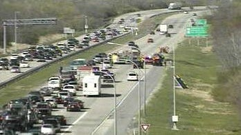 A vehicle fire has closed the two right lanes of I-495 northbound north of 12th Street, DelDOT says.