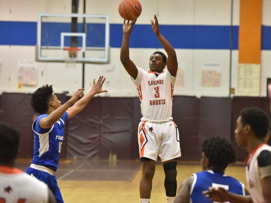 Eastside's Lamar Johnson (3) in a first-round game of the Jingle Bells Jubilee holiday tournament on Dec. 26, 2017.