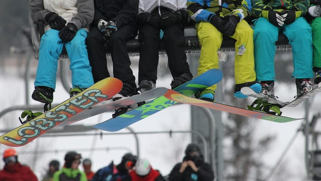 Families that ski Friday through Sunday will have the chance to save money through a family discount.
