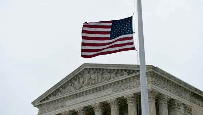 On its first day for oral arguments since the death of Justice Antonin Scalia, the Supreme Court appeared tied 4-4 in a case about police stops.