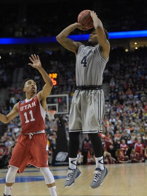 As a junior, D'Vauntes Smith-Rivera led Georgetown in scoring (16.3) and assists (3.2).