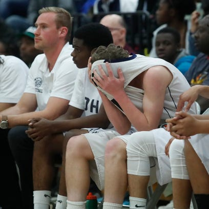 Emotional night for Desert Hot Springs boys' basketball as historic season comes to end