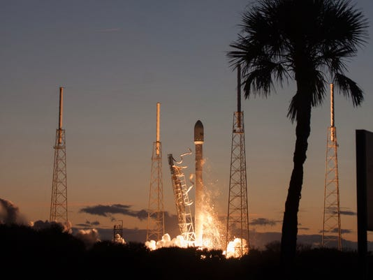 635904773800850002-ses8-launch-SpaceX-2.jpg