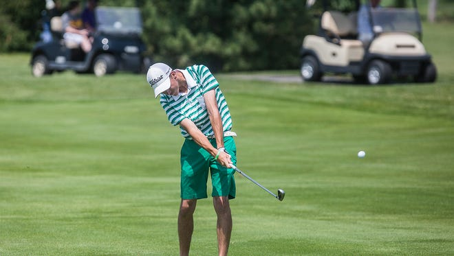 Yorktown's Blake Vise competes in the golf regionals at The Players Club on June 10, 2016. Vise announced he would play golf at Ball State on Tuesday.